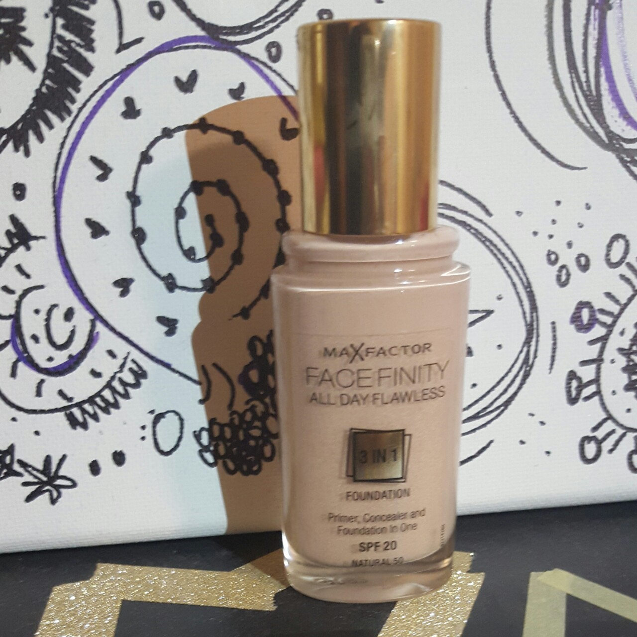 *Max Factor 3 in 1 in the shade Natural 50 with SPF...