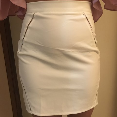 539f20aa291f @lreece. 2 years ago. London, United Kingdom. Cream mini skirt with ladder  detail.
