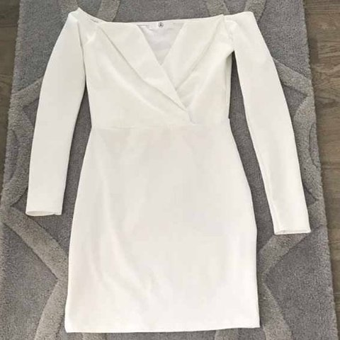8f1bd33f63b7 Missguided White blazer off the shoulder dress, size 10 and - Depop