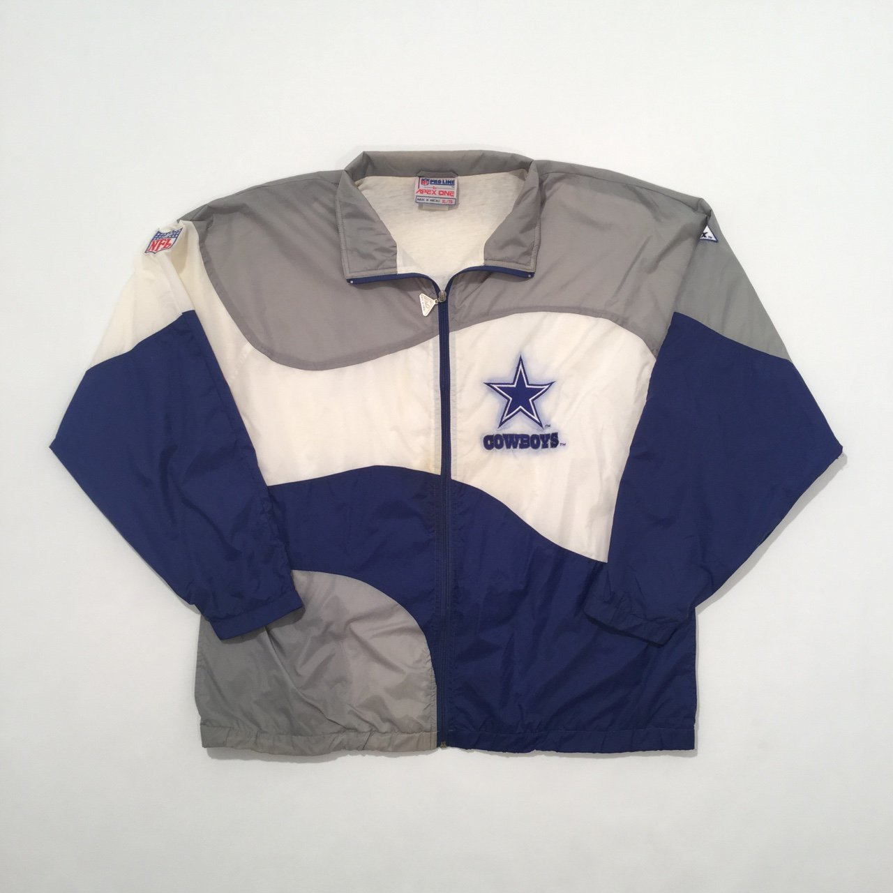 🏈 Vintage 90 s Apex One NFL Dallas Cowboys spellout jacket - Depop 1791e579f