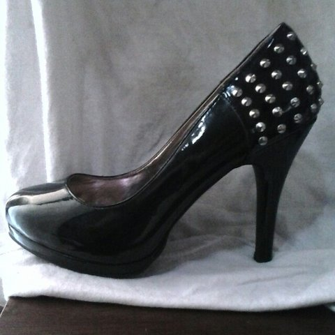 5445ca74b9e27 @erika_darling. 4 years ago. Tulare, California, United States. Steve  Madden black studded heels