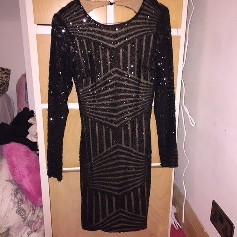 9a44791971ac @stephaniedemx. 3 years ago. Barnet, Greater London, UK. Beautiful sequin  boohoo boutique dress. Size 8 never ...
