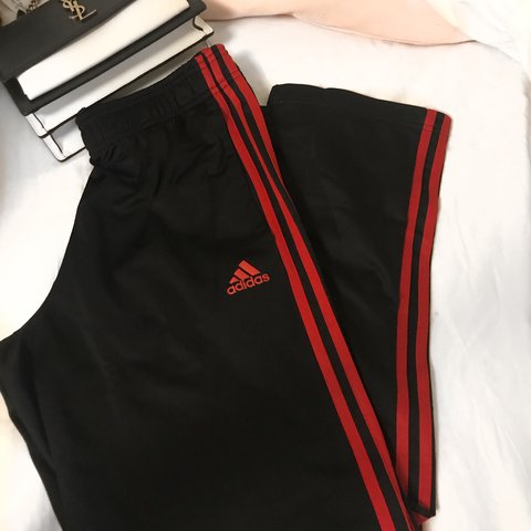 63ebe90e7026  sincerehappiness. 11 months ago. San Marino. 🍒 ADIDAS TRACK PANTS 🍒  never worn before    new without tags