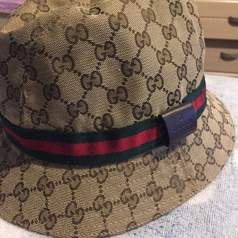48001df2c6f Authentic Gucci Fedora Bucket Hat Barely Used Mint Condition - Depop