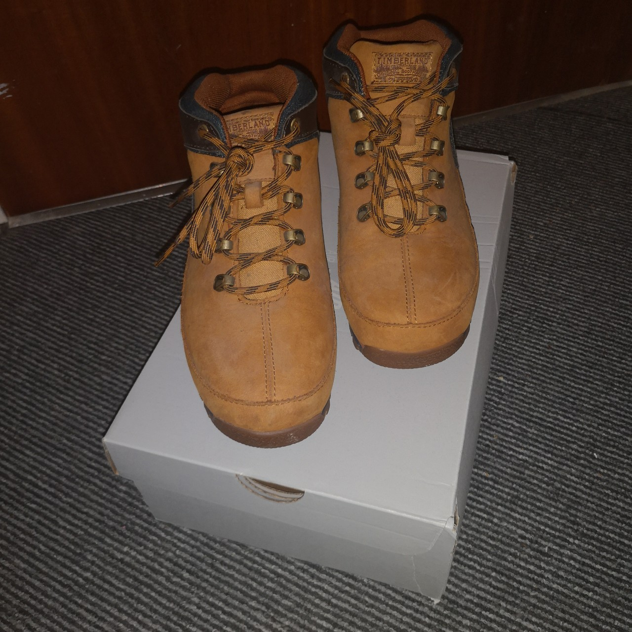 Selling these brown 'Timberland Calderbrook 3' boots Depop