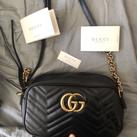 0e1949dcfa7502 LIKE NEW AUTHENTIC GUCCI MARMONT DESIGNER BAG. Comes with & - Depop