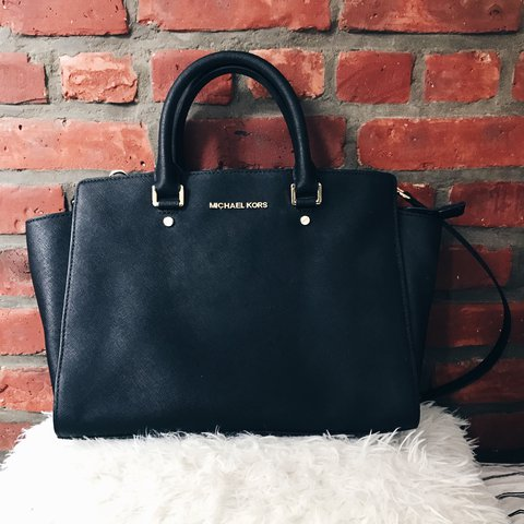 a64c7fe388a1 @hannisterx. last year. New York, NY, USA. Michael Kors Selma Satchel Handbag  LARGE Black Saffiano Leather Original Price $358