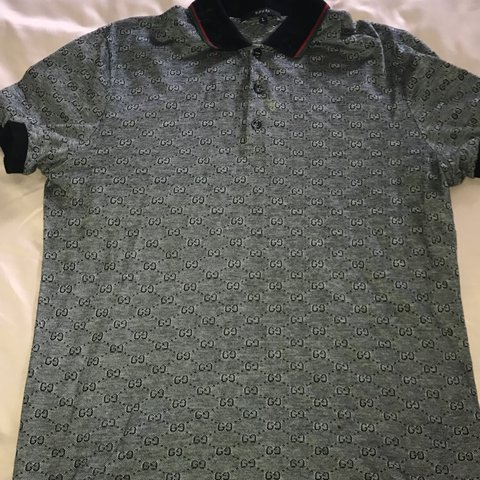 0cf517adc MENS GUCCI POLO Slight mark beside the buttons but as it s - Depop
