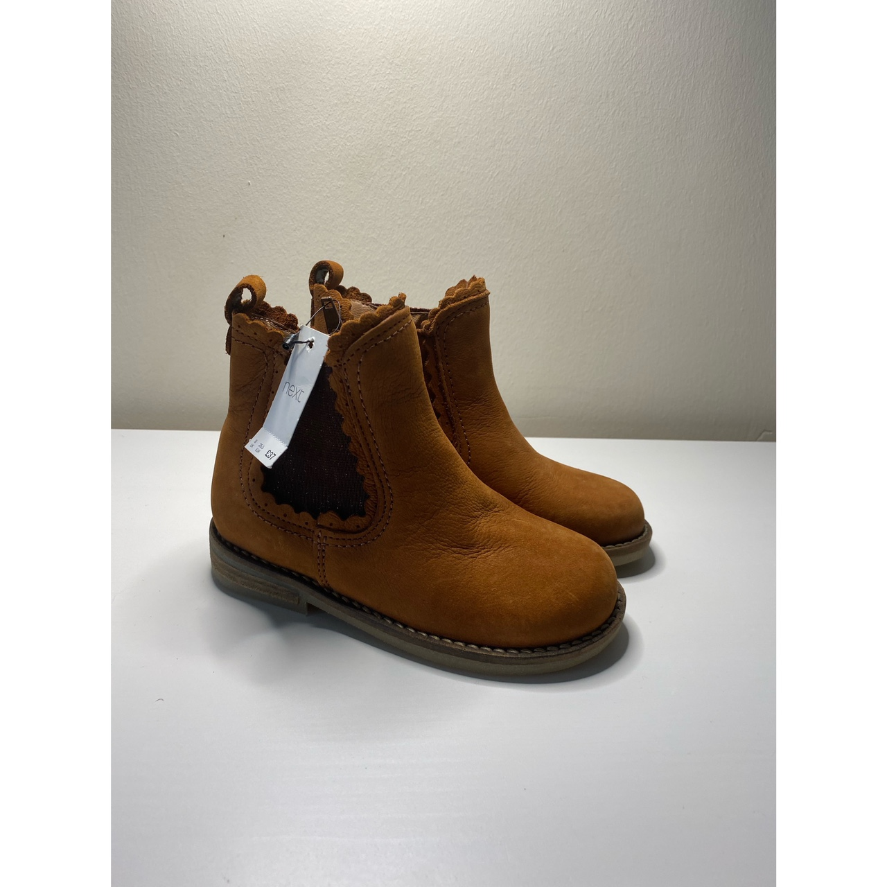Young girls Boots Brown suede Chelsea