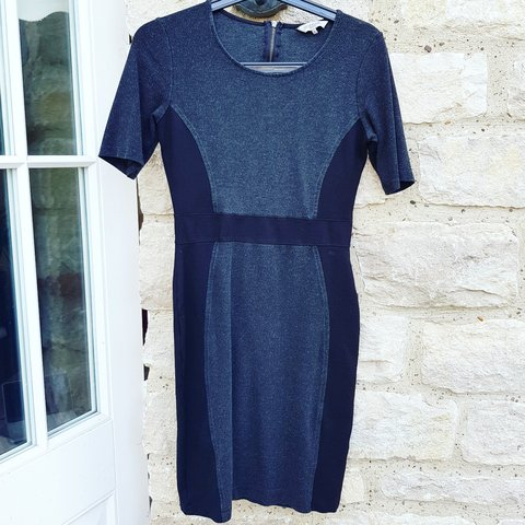 bb614548c99 Great Plains smart bodycon work style dress ! size small. in - Depop