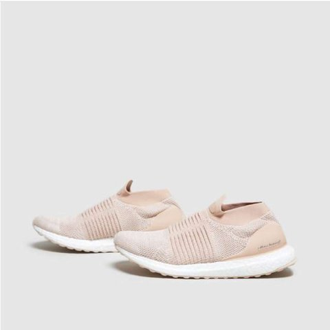 ff2bdb86781 adidas UltraBoost Laceless Women s in pink. brand new. size - Depop