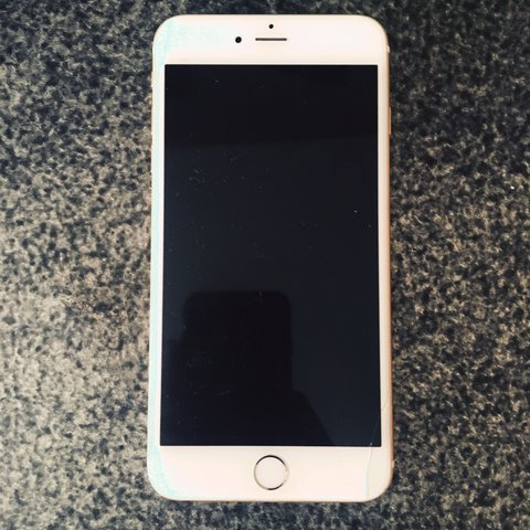 Verizon 16 GB IPhone 6 Plus Gold Minor Dents Around Edges Small Crack In Bottom Right Corner But Nothing Serious Works Great Iphone6 Iphone Rosegold