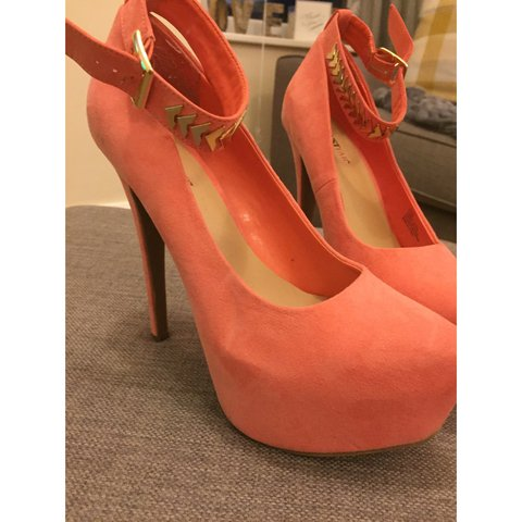acb43638c1 Coral platform shoes originally bought form just fab for £35 - Depop