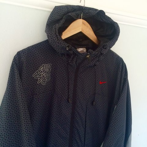 ff10d60e7d43 Retro Nike Air Max 360 lightweight jacket. All over print