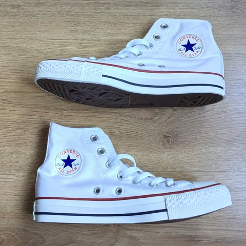 8442853d63f5a9 White high top Converses - Brand new