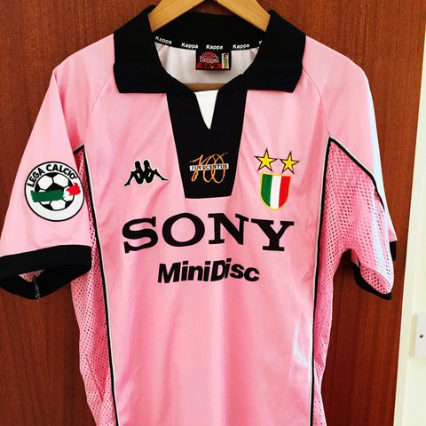 35cfab3bf1c Juventus pink 1997-98 centenary shirt with Del Piero on the - Depop
