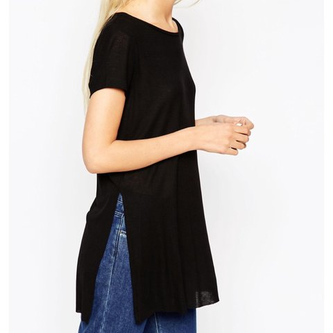 ebaa28a7940 Selling my recent purchase of ASOS tunic top with side split - Depop
