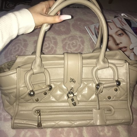 04025ea859 Burberry large Manor Tote bag 💗 brought from designer a ago - Depop