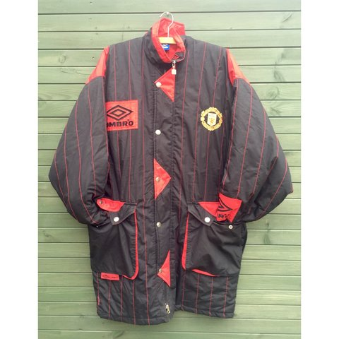 a74b9bdd47 @gradycakes. 3 years ago. Droitwich Spa, Droitwich, Worcestershire WR9, UK. Manchester  United Vintage Umbro Sharp 92-94 season Coat Jacket ...
