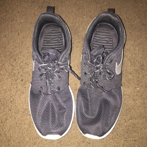7c99d300d61ae Nike Roshe Runs. Women s size 7. Great condition