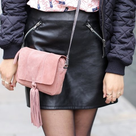 9a88fb672d @anoushka. 3 years ago. London, UK. REDUCED Black faux leather skirt with  zips from H&M UK size ...