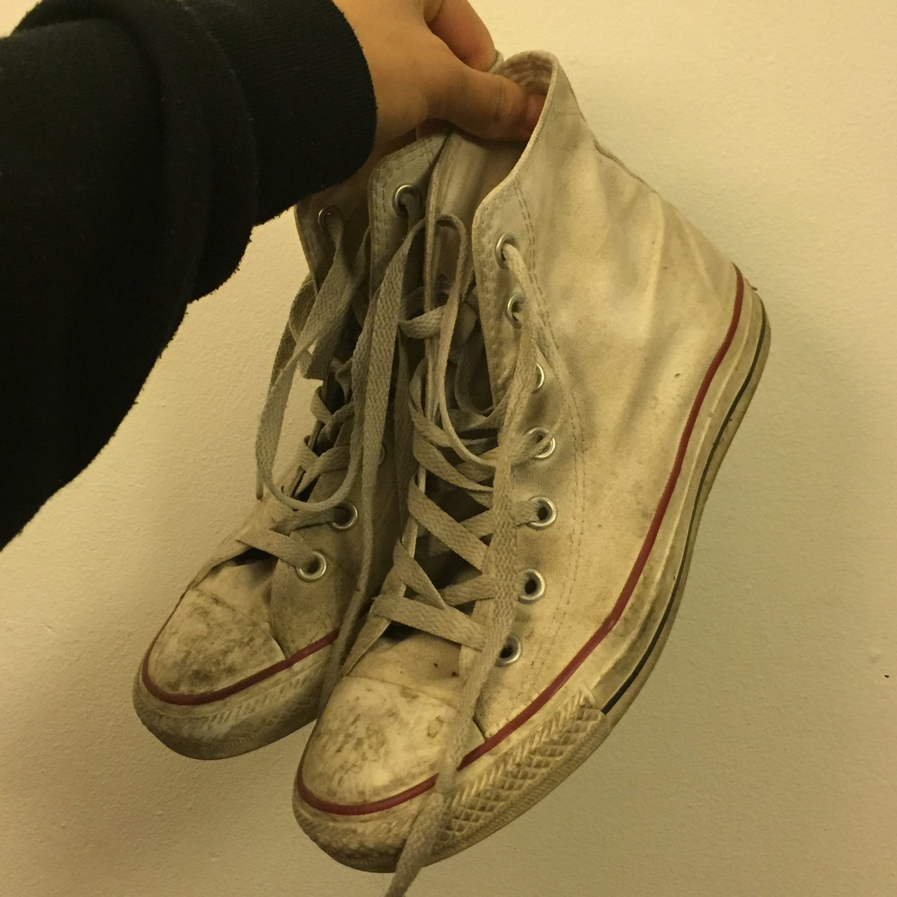 ea26f0a12bc6 Used Worn Out White Converse All Star Sneakers. Size 8 in 6 - Depop