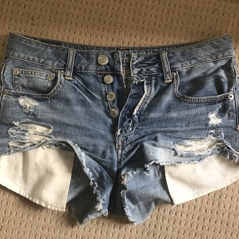 044db92a3be American Eagle hi-rise festival ripped denim shorts