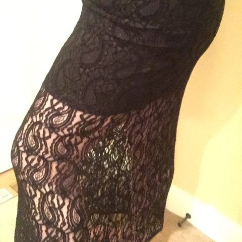 85ed166dc25 Black Lace overlay maxi skirt from wet seal. Size XL. Tried - Depop