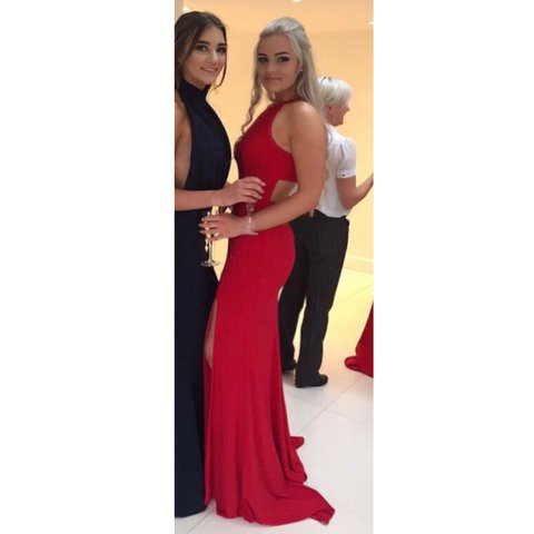 9276afaf53d SHERRI HILL RED PROM DRESS style 32340 - gorgeous figure and - Depop