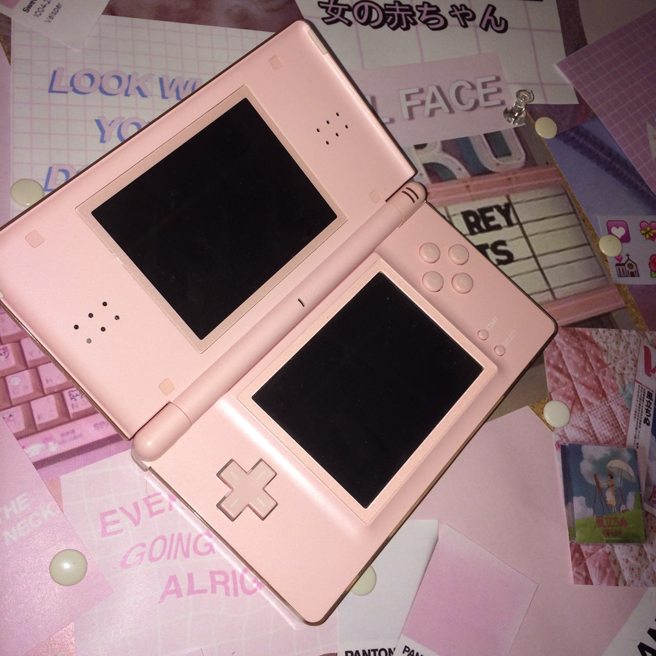 #Pink #Nintendo #DS Lite ⌨️ in great condition,    - Depop