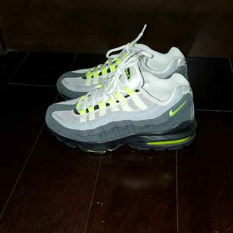 huge selection of 37c92 d20e7 Boys Nike Air max size- 0