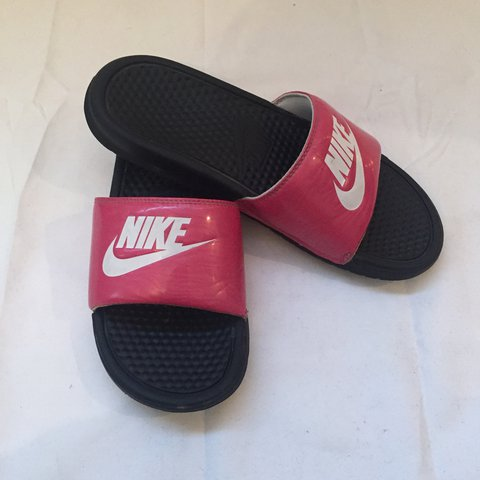 34ed1d5cd PRICE DROP✓ 🌟PINK NIKE SLIDES🌟 In good condition! Size - Depop
