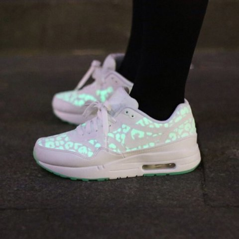 low priced 3cdd0 8894f Nike air max, UK Size- 0