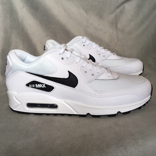 Nike Air Max 90 sneakers in white - Women's size 8.5...