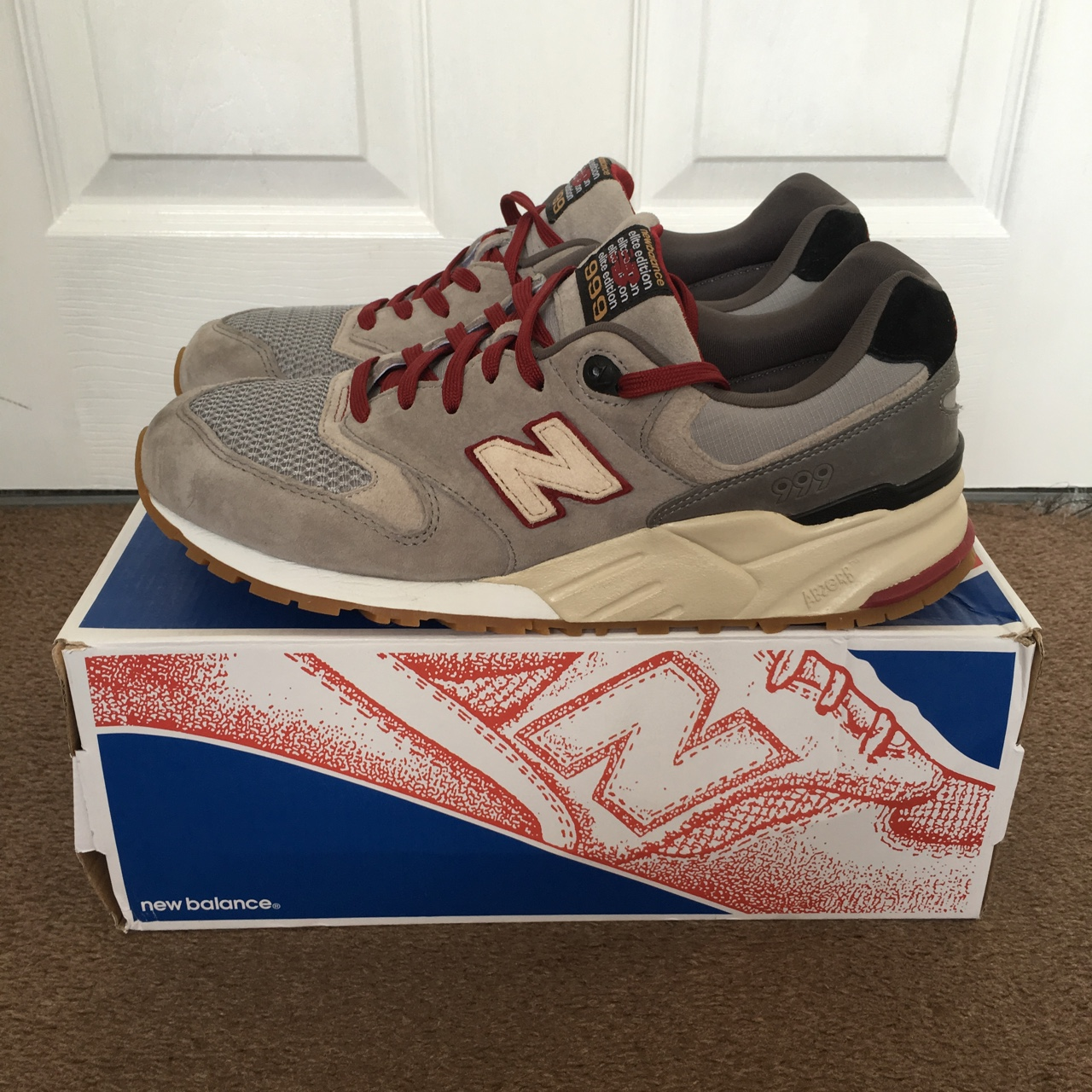 release date: 197f0 8d79c New Balance Elite edition ML999BB bought about 6... - Depop