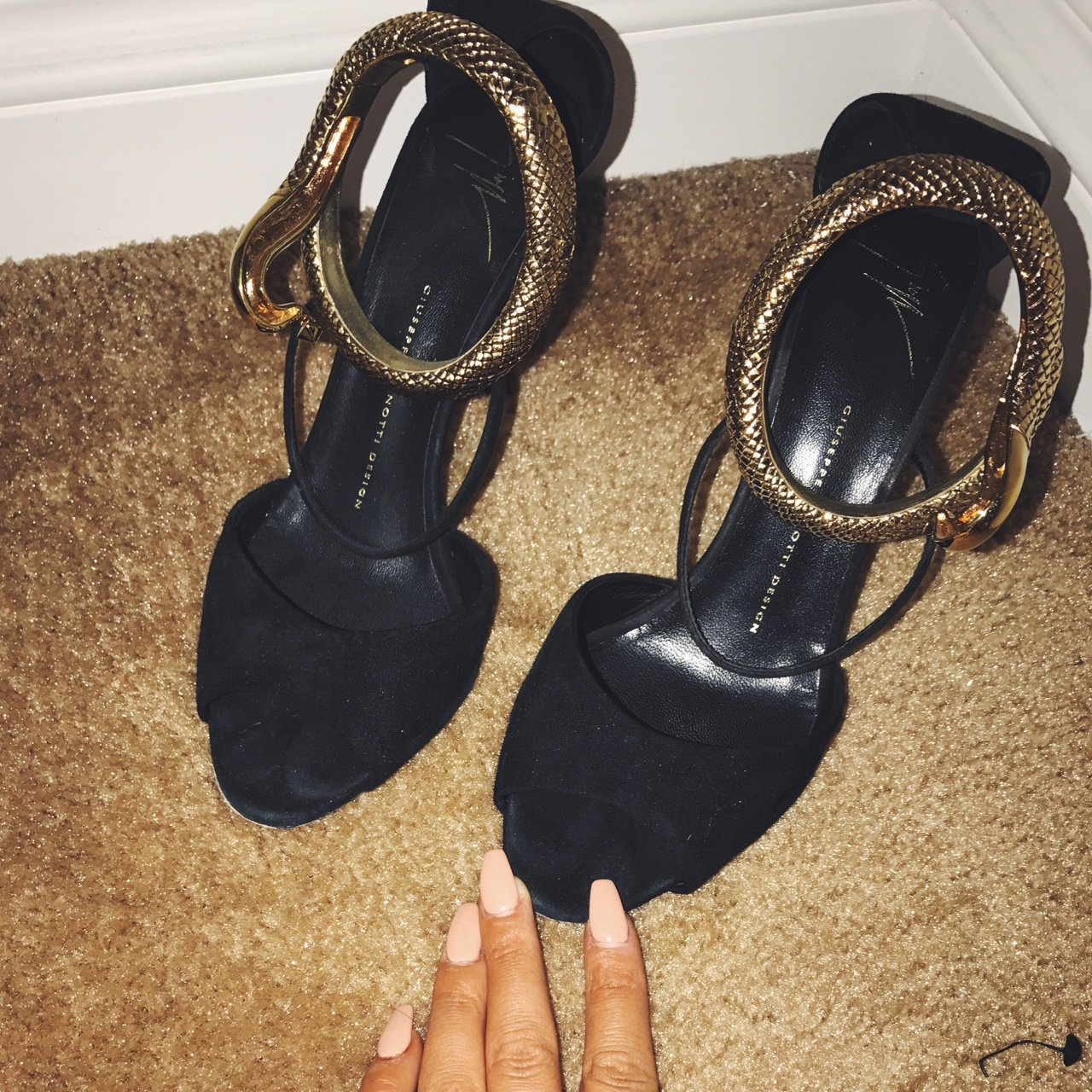 c32aaa36d06a6 @cecem92. 3 years ago. Los Angeles, CA, USA. Used Giuseppe Zanotti Women's  Black Nirvana Serpent Anklet Suede Sandals ...