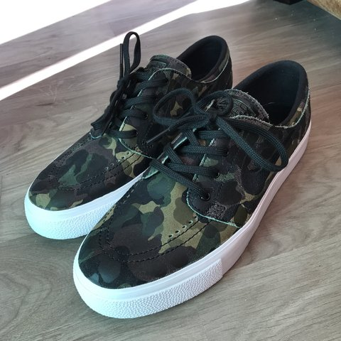 60f46bd12e80 Nike janoski prem ht camo Size 7 £45 - open to offers New - Depop