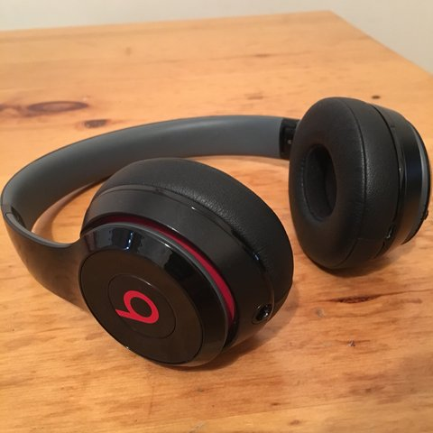 62a39a9c528 @harryjhill. 11 months ago. London, United Kingdom. Dr. Dre Beats Solo 3  wireless headphones.