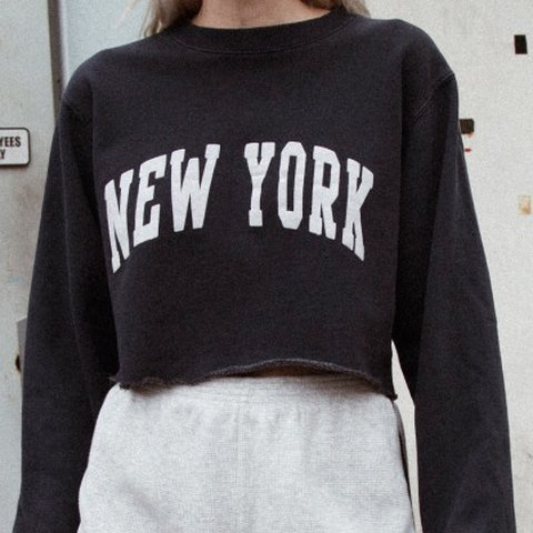 Brandy Melville Ny Lily Sweatshirt Bnwot Retails 32 Only Depop