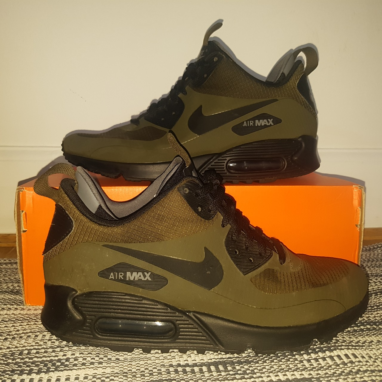 quality design bf83c 33e17 Nike Air Max 90 Mid Winter Green Black Only worn a... - Depop