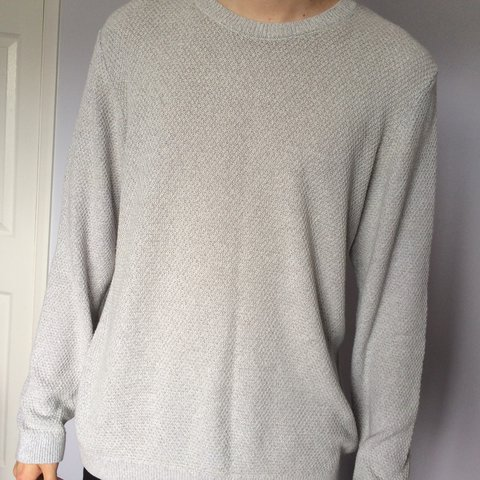 64256dbc23ad5c Topman fine knit white/cream/light grey jumper. Loose fit, - Depop