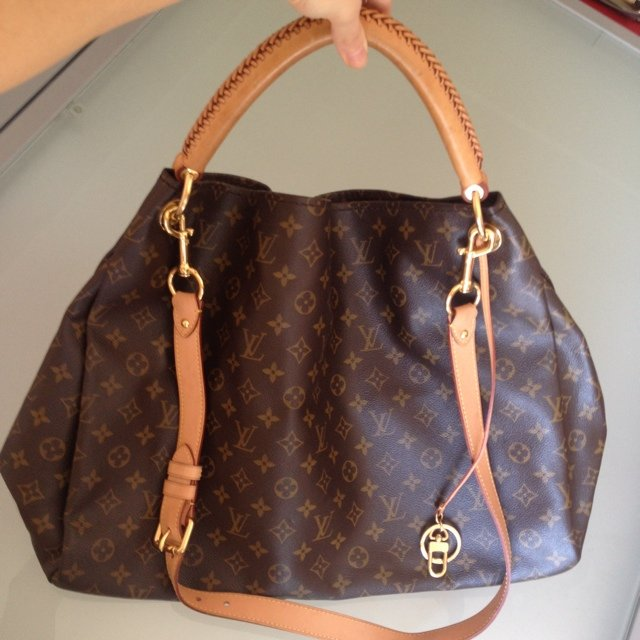 Vendo borsa Louis Vuitton originale modello Artsy Monogram ...