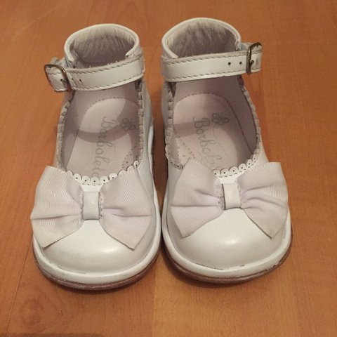 8a6a622834f Beautiful white leather baby girls shoes by Spanish designer - Depop