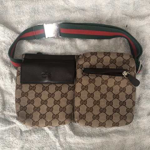 0bf737e6369 AUTHENTIC GUCCI POUCH FOR SALE🌟 used a few times so fairly - Depop