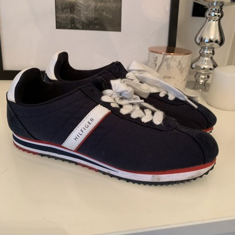 40aa8ecc680a Tommy Hilfiger trainers blue red white uk 6 Bought from - Depop