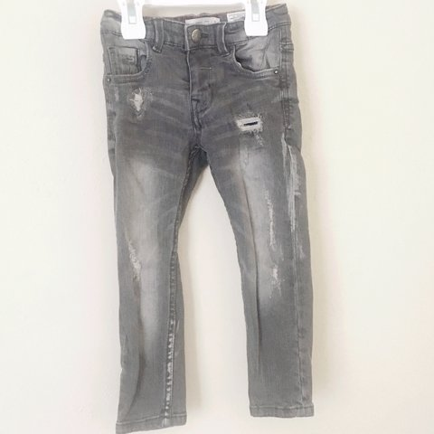 516d5cbe @anonymous2. 3 years ago. Florida, USA. Distressed Zara jeans for toddler  boy size 4 worn once!