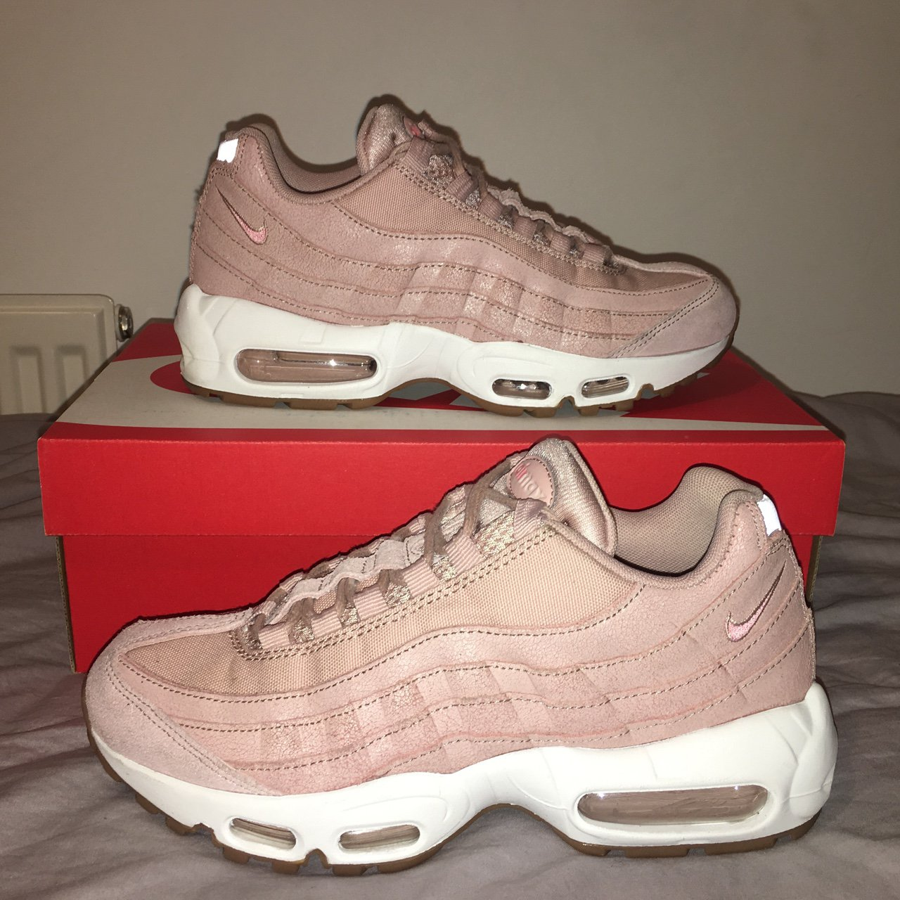 the latest d22ce 374fa Nike air max 95. Pink oxford premium. Like new. Size 5. - Depop