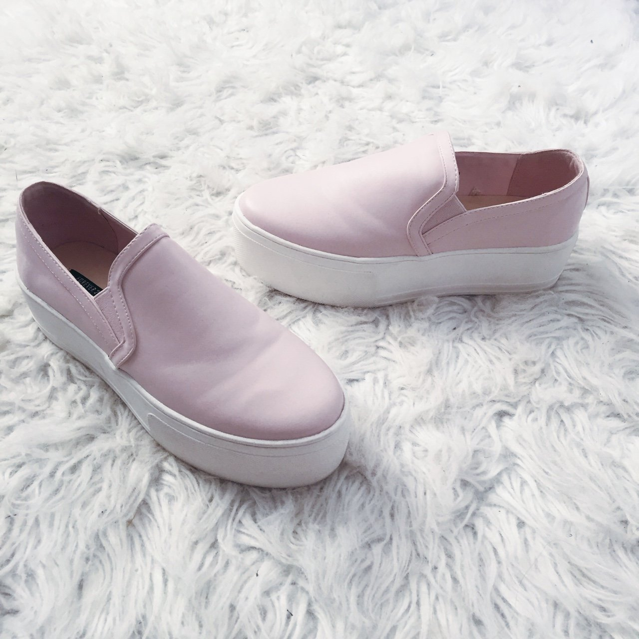 Forever 21 baby pink platform sneakers never worn - Depop 58e759a7c7