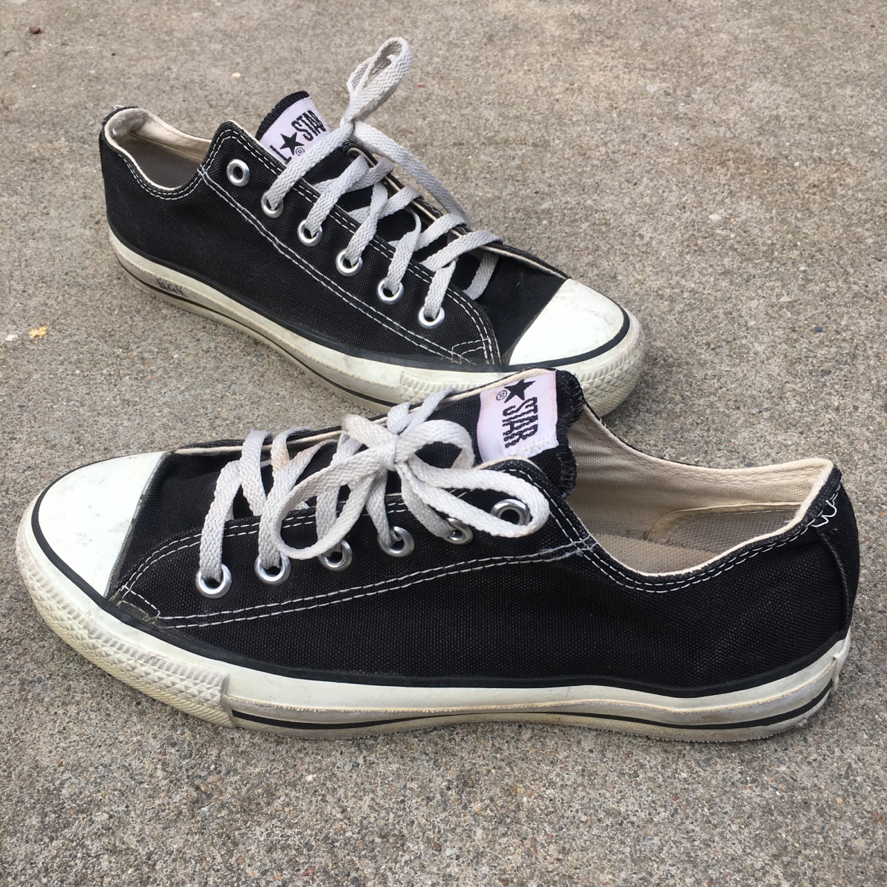 Vintage early 90s Converse Chuck Taylor low black Depop