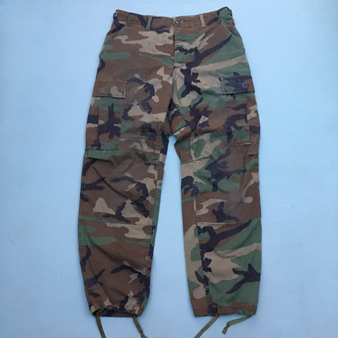 9da4a8698f Vintage 1990 military bdu high waisted camo cargoes. Good at - Depop